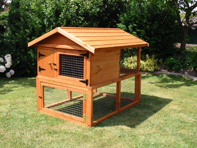 2 Up 2 Down Rabbit Hutch